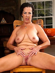 Adored mature M-I-L-Fs are baring it all on pics