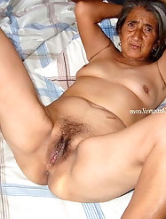 Granny mature in bed