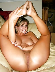 Older babe loves a tasty cock