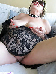 Oriental  aged mistress is trying to seduce